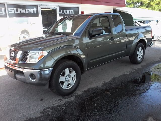2005 Nissan Frontier 2WD SE
